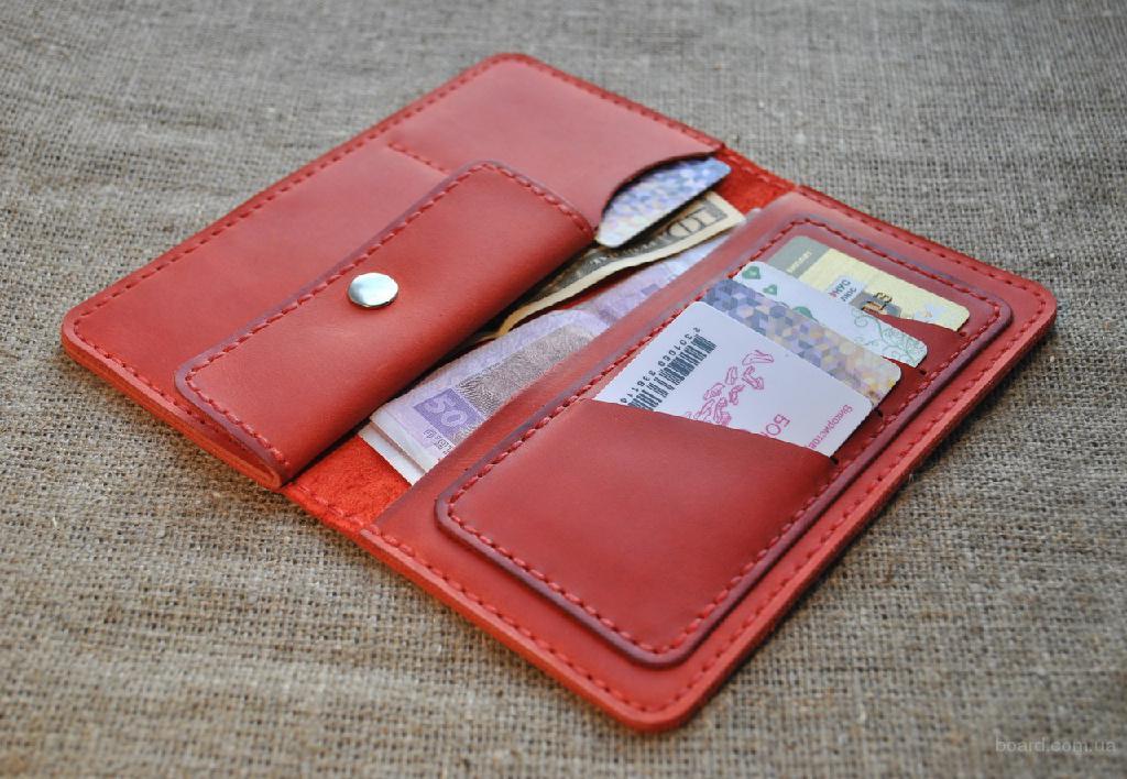 Кожаный кошелек из натуральной кожи красного цвета ручной работы K08-580