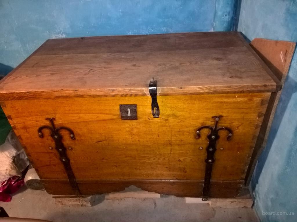 Продам старовинну скриню (сундук, куфер). Антикваріат