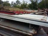 Профнастил СН-40 3350м2 , длина 12м, используется для крыш/стен ангаров, цвет красный и белый (оцинкованый,окрашен порошковой