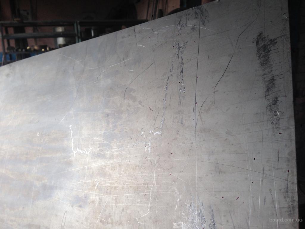 Лист титан ВТ1-0 толщиной 1-10мм
