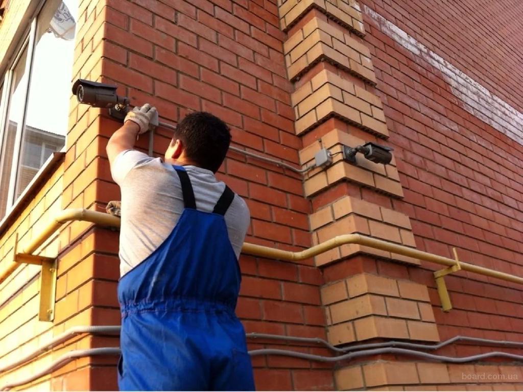 Установка камеры видеонаблюдения.