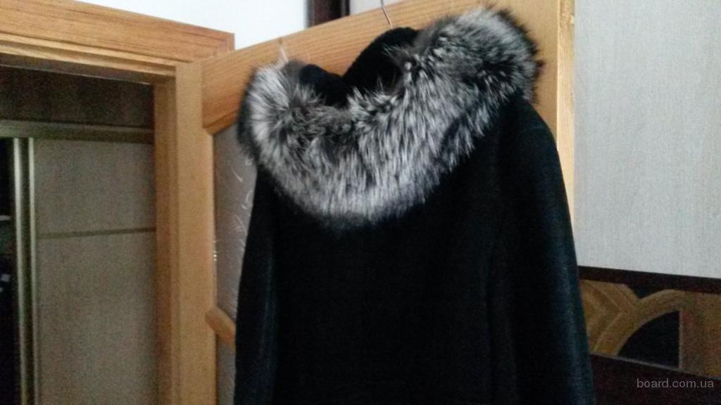 Дубленка женская  натуральная  зимняя (Турция). Размер 48-50.