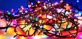 Новогодние светодиодные гирлянды. Гирлянда: зеленый шнур 100 LED лампочки 4 цвета длина - 10 м