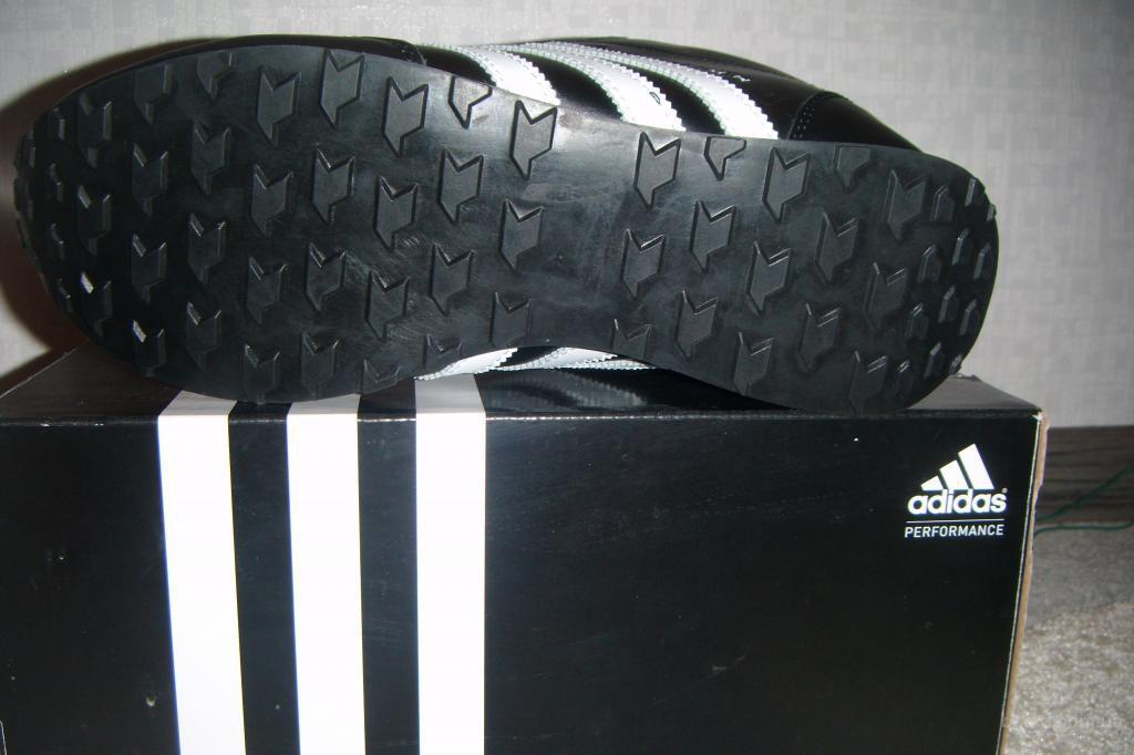 19a845c7 Стильные кроссовки Adidas на меху цигейка (размеры в наличии ...